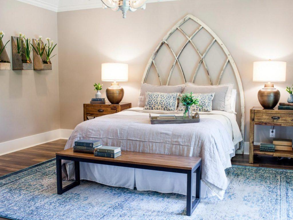 Shabby chic Joanna Gaines bedroom