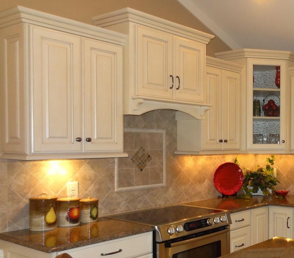 Hidden kitchen cabinet lighting