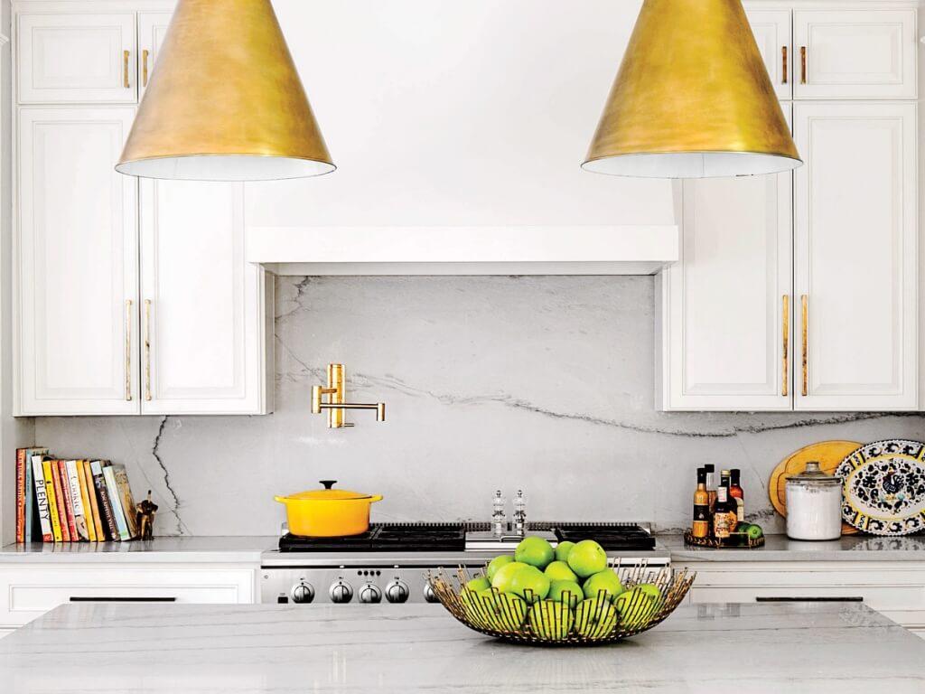 Pure, modern kitchen splashback
