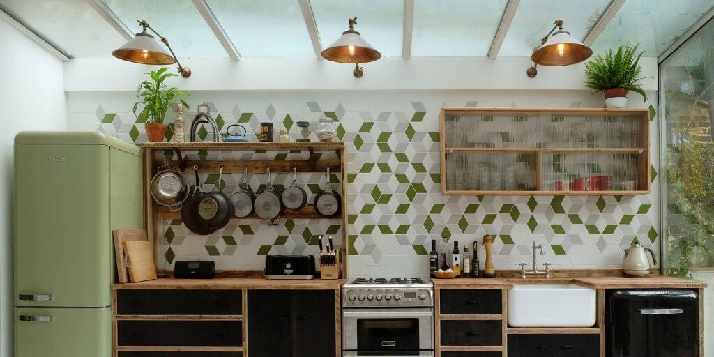 Trendy kitchen wallpaper