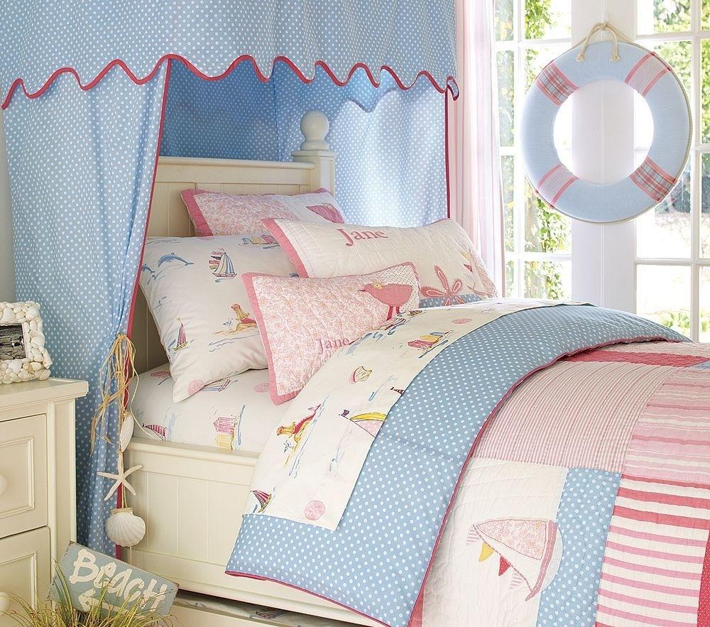 Adorable nautical bedroom