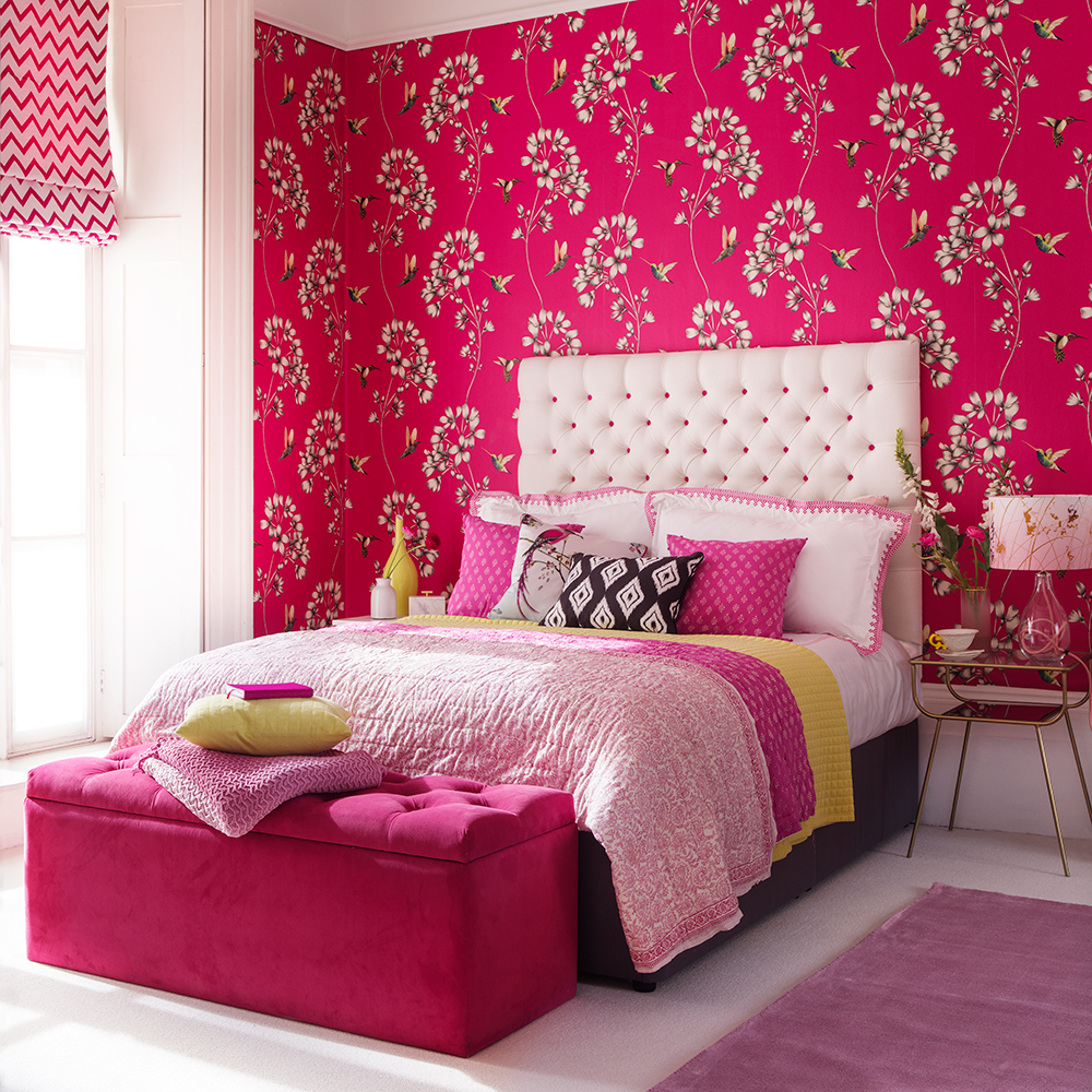 Chic pink bedroom