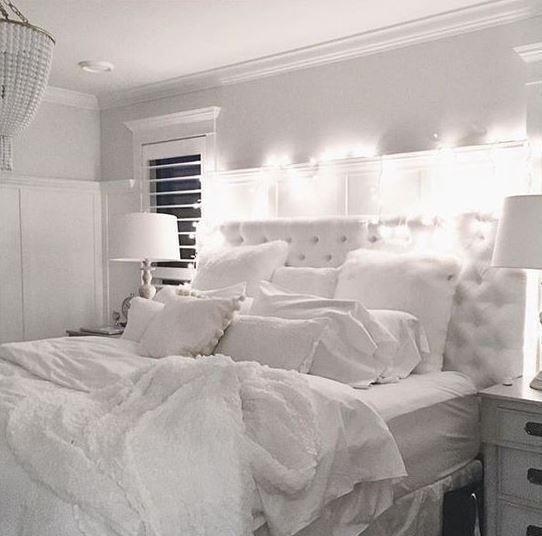 all white rooms all white is a great way to make your bedroom cozy!  NGMEZGK