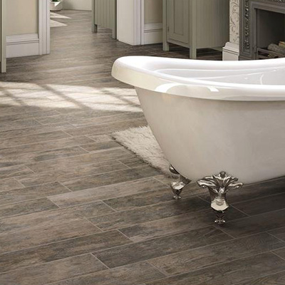 Bathroom floor tiles add ETNSUZE to your bathroom with hard-wearing, water-resistant wood.  a natural element