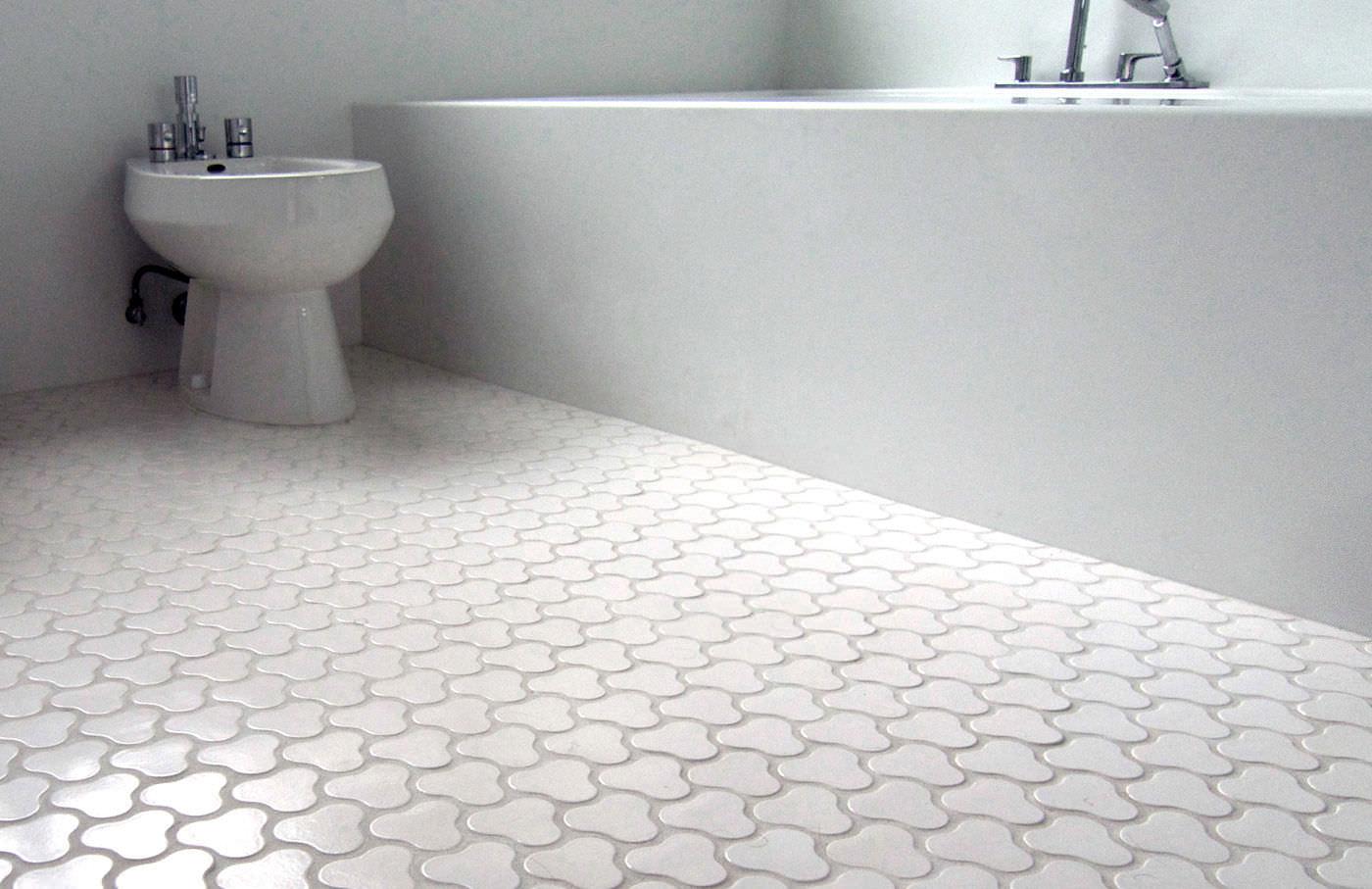 Bathroom floor tiles pebble UOKSDHY