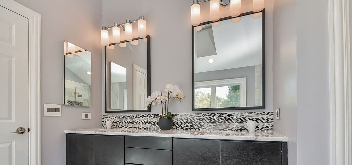 Bathroom mirrors that give the finishing touches IVKTAGF