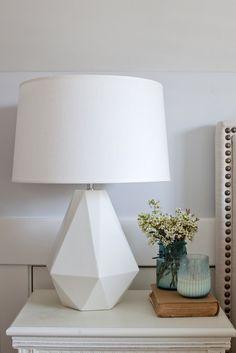 Bedside lamps the secrets of Jillian Harrisu0027's cute yet sophisticated style HSDCVMA