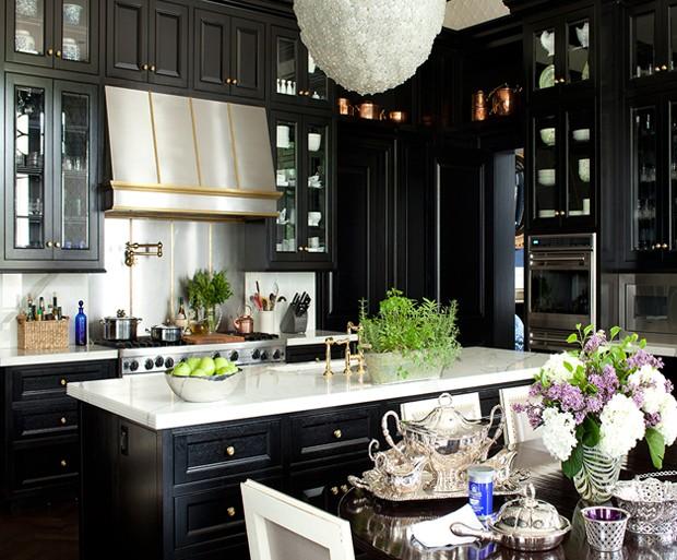 black kitchen cabinets kirsten-kelli-black-kitchen-620 BOFOSSW