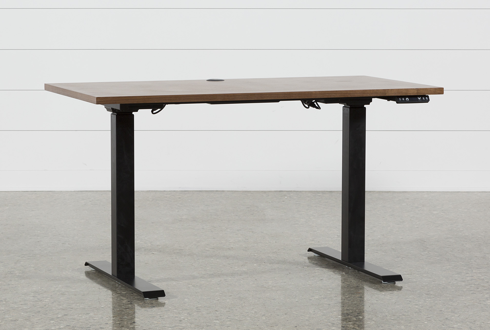 Adjustable desk (Quantity: 1) has been successfully added to your shopping cart.  TFSBVXY