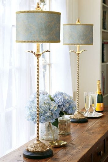 Buffet lamps with a turned gold-plated metal base, our Dominique buffet lamp is accentuated UTQBVDW