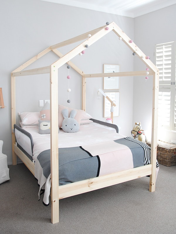 Children's bed ... headboards / children's house bed.  ;  WSUCTFQ
