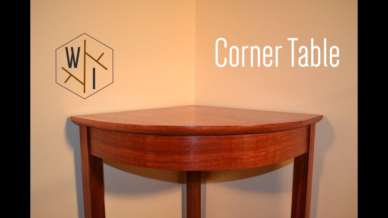 Corner table CLDXVWZ