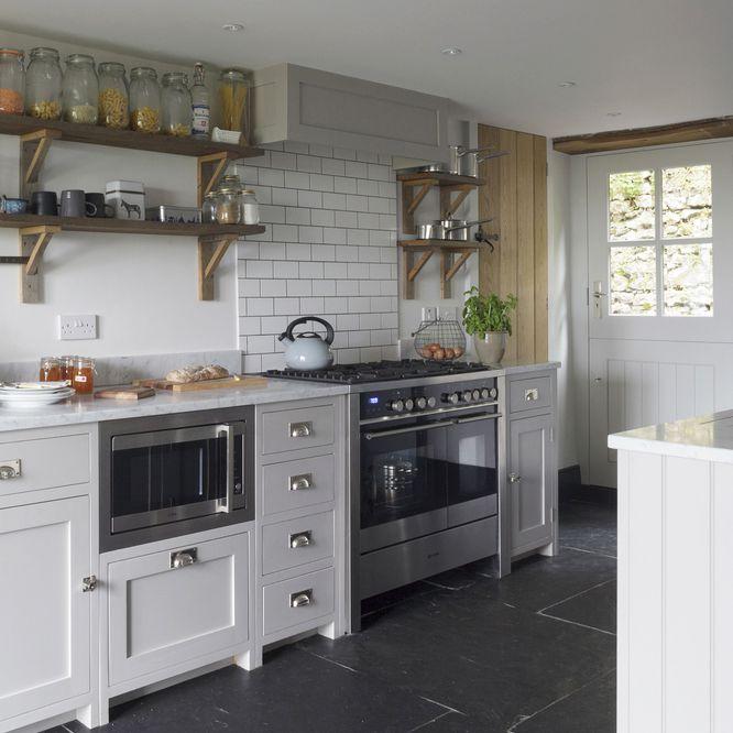 8 modern cottage kitchens for every decoration task