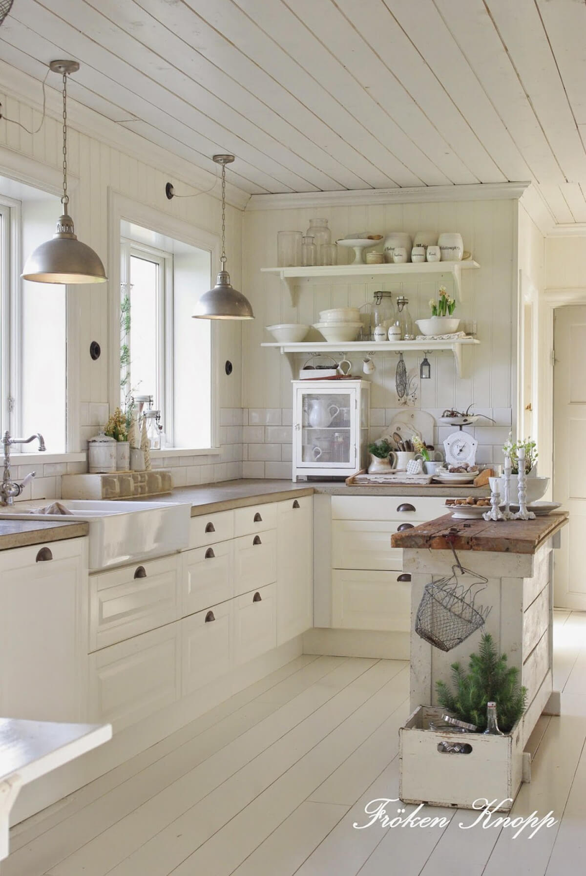 Country house decor 02 French country house design and decor ideas VTFJYBW
