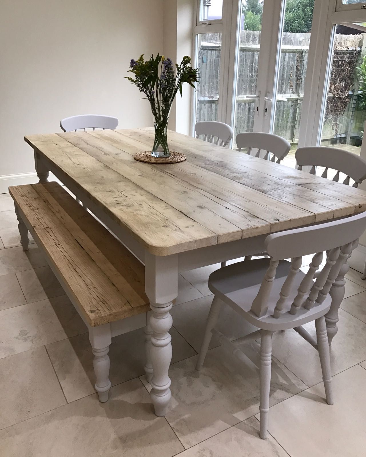 Country house furniture, lime-washed country tables and benches made to measure - Landleben OFCHLWU