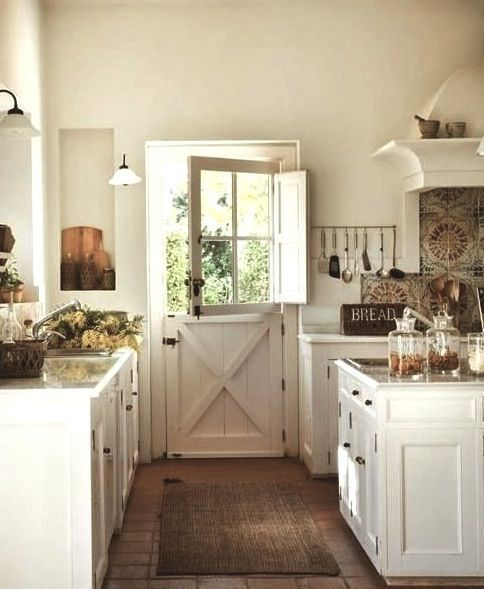 Country house decor beautiful cool fresh farmhouse u2026 ... from http://www.top10-homedecorpictures.club/ country-homes-decor / cool-fresh-farmhouse / CZHMVSC