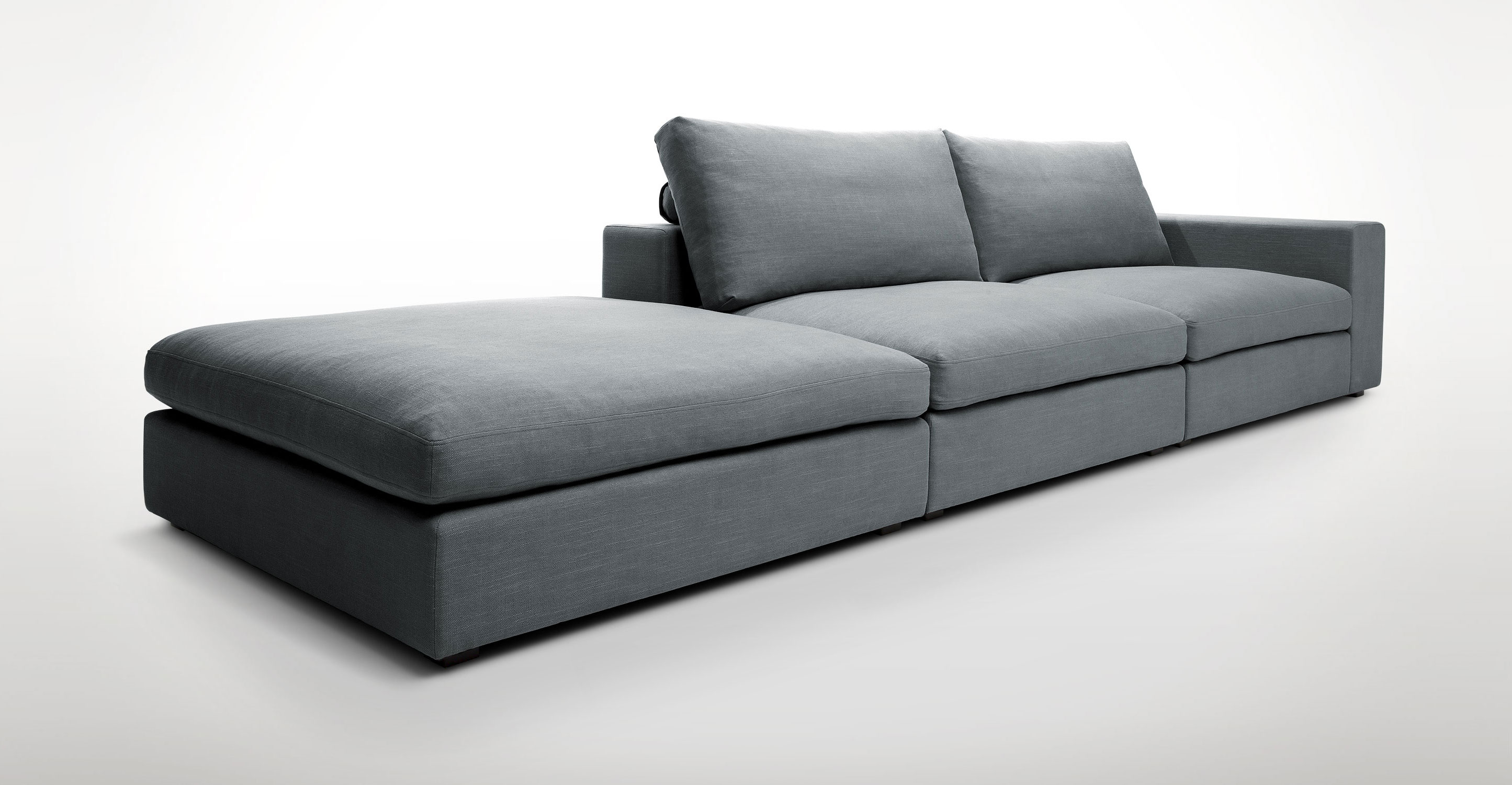 Cube modular sofa according to article XVJNASN
