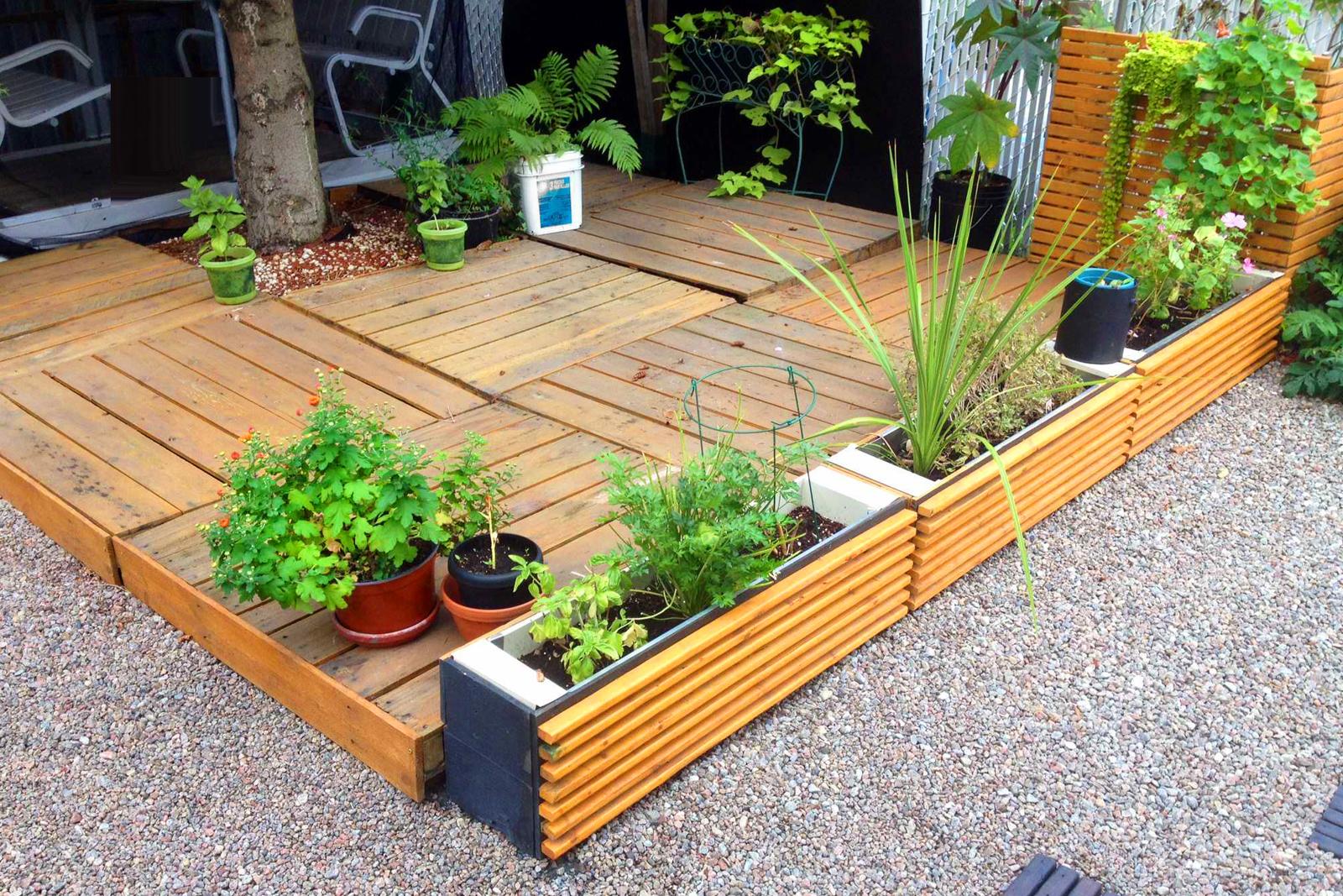simple landscaping ideas    low-maintenance farm ideas BPGBIUF