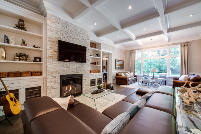 Family room made-to-measure home Traditional family room TEFXRAY