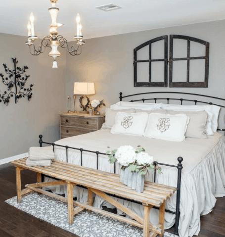 The Secret of How to Decorate Joanna Gaine's Fixer Upper Bedroom
