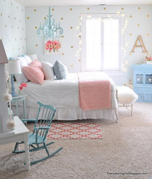 Girls bedrooms we love, like the blue hanging chandelier, rocking chair, and dresser all AKAVQGQ