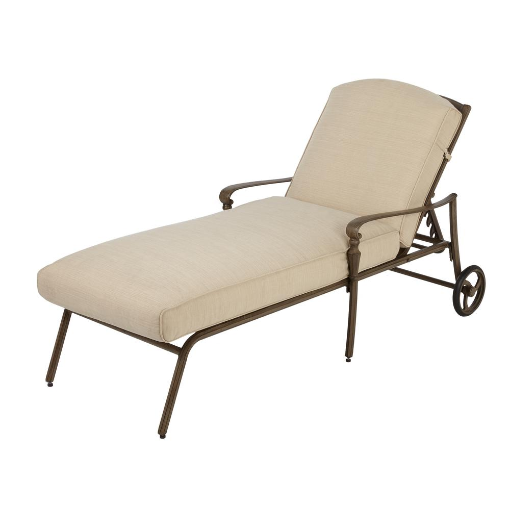 Hampton Bay Cavasso metal outdoor chaise longue with oatmeal pillows MCGSBDW