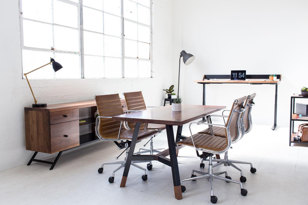 Harkavy Furniture creates modern office furniture made of walnut & steel ... TYTHZYO