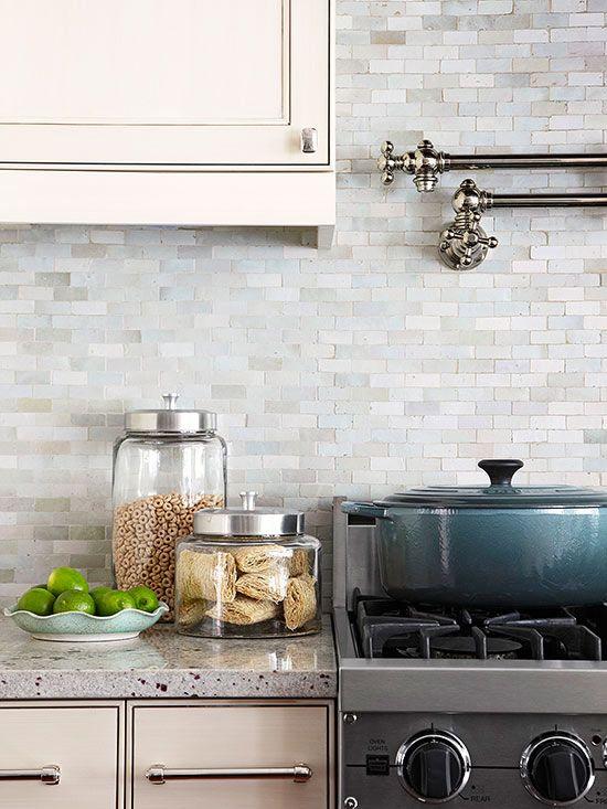 Kitchen back wall tiles Ceramic tiles Kitchen back walls that catch the eye PCXAVWT
