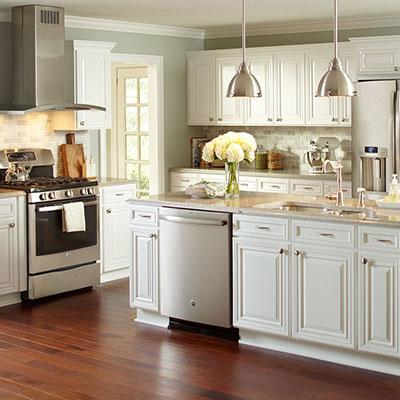 Kitchen cabinets according to FECEZSG