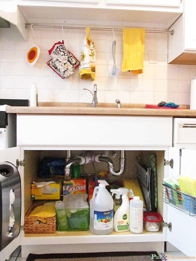 Kitchen organization can be so difficult, especially when you have a small HPKLSOP