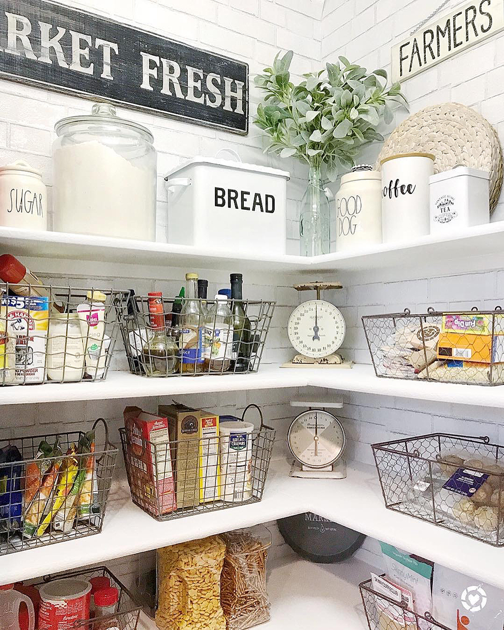 Kitchen organization ideas |  sort by color |  houselogic ITWQQVU