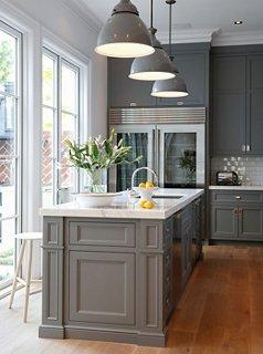 Kitchen paint colors interior design by Susan Greenleaf XSVTGHF