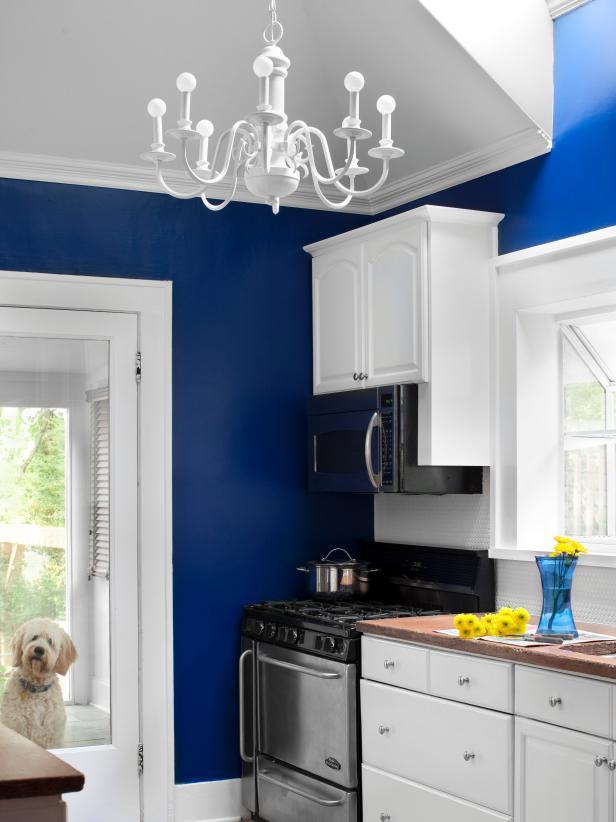 Kitchen color colors white kitchen with light blue walls QCUOWXB