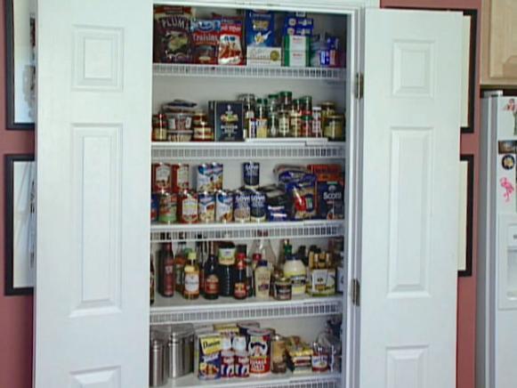 kitchen pantry dadc213_organized-kitchen-pantry_s4x3 BRDICWL