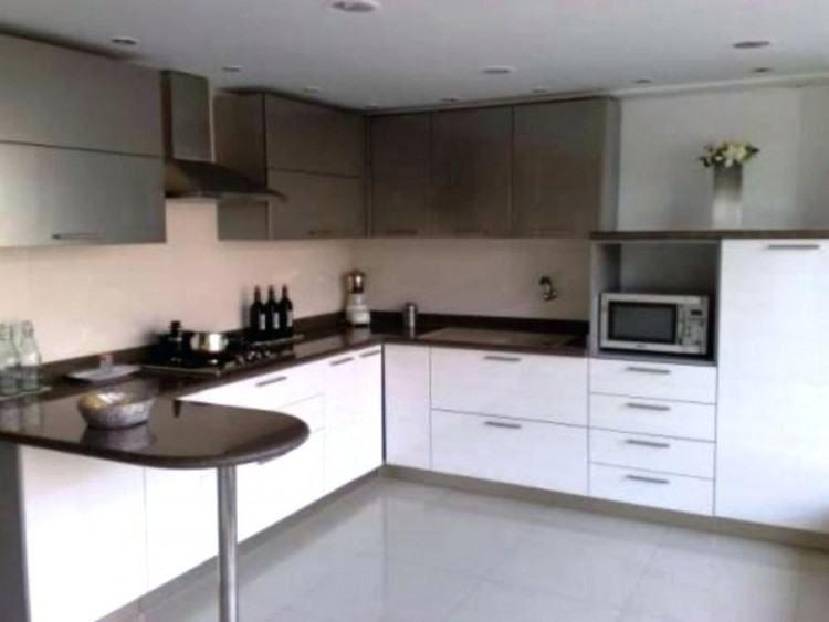 L Shaped Kitchen Ideas UK    Small kitchen, L-shaped.