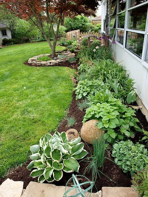 Landscaping Ideas Check out this backyard landscaping idea and other great tips on @worthminer FACNFSR