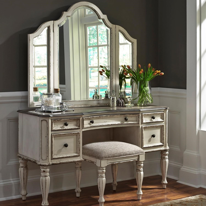 Liberty Furniture Magnolia Manor Bedroom Vanity Set JGTQNWH