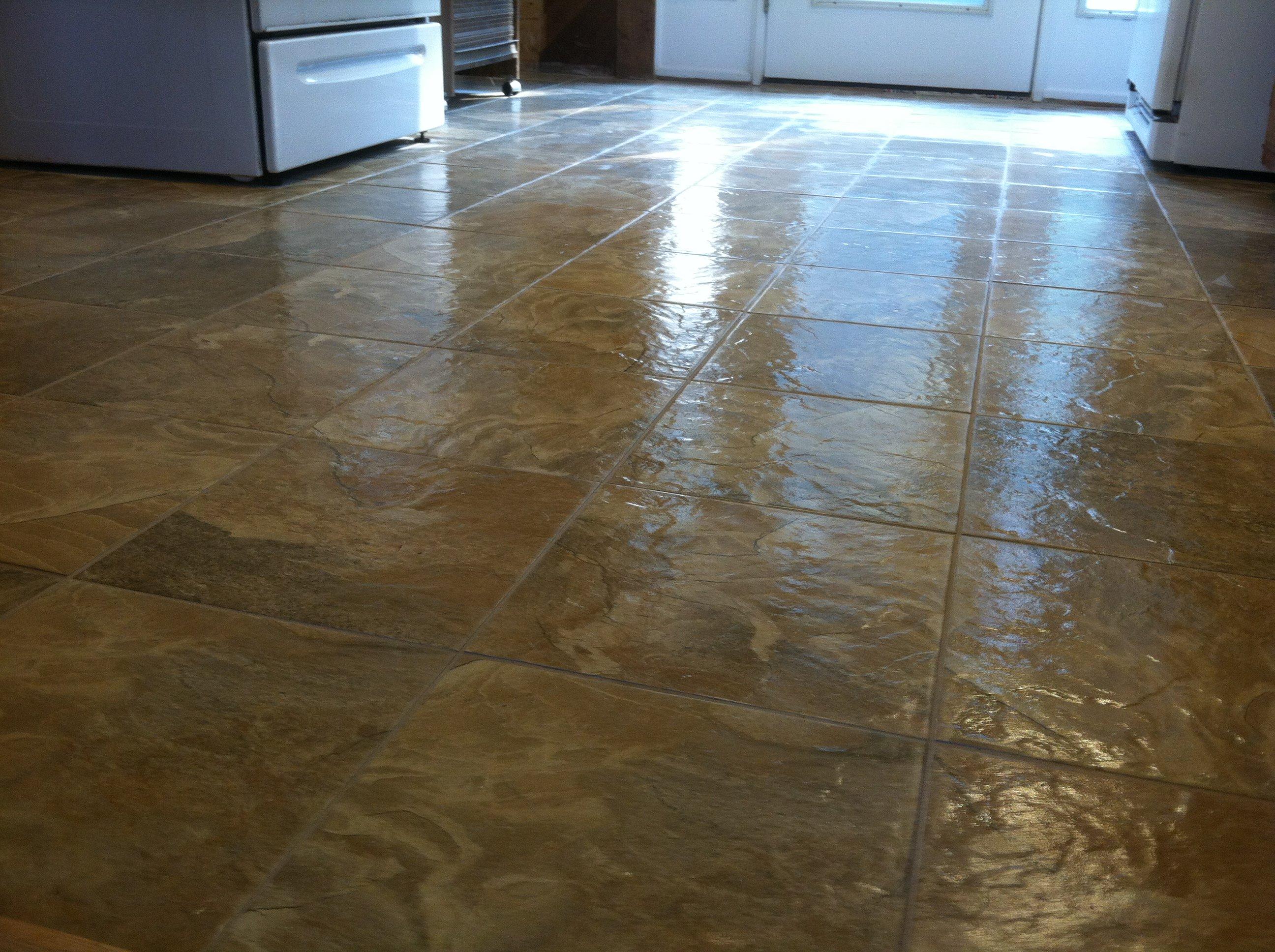Linoleum floors Advantages and disadvantages of linoleum floors OABAUOR