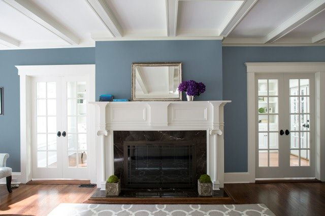 Color ideas & inspiration for the living room    Benjamin Moore    Blue.
