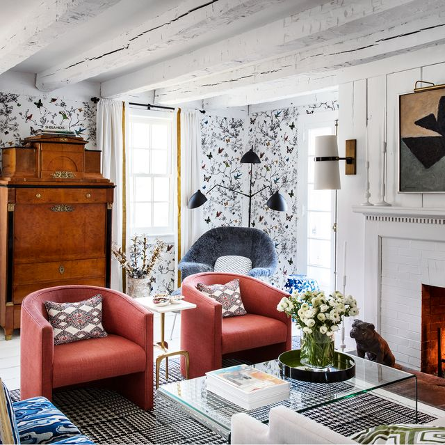 Timeless living room wallpaper ideas that stand the test of Ti.  consist