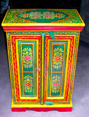 Mexican furniture lacquered cabinet looks like a Russian scarf or a pansky egg FYTPOAK
