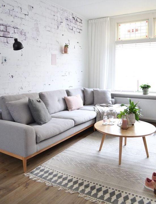 minimalist living room 10 minimalist living rooms that will make you swoon 99d236685aec704b986f33bb819d581f KDCTOGD