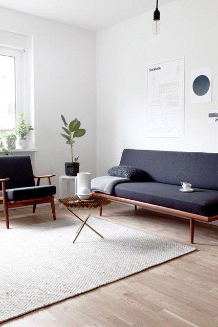 minimalist living room design on a budget.  JVNEBOQ