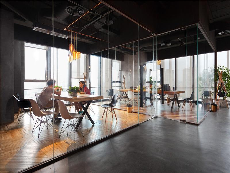 modern office leo headquarters in shanghai glass walls LEEHAVM