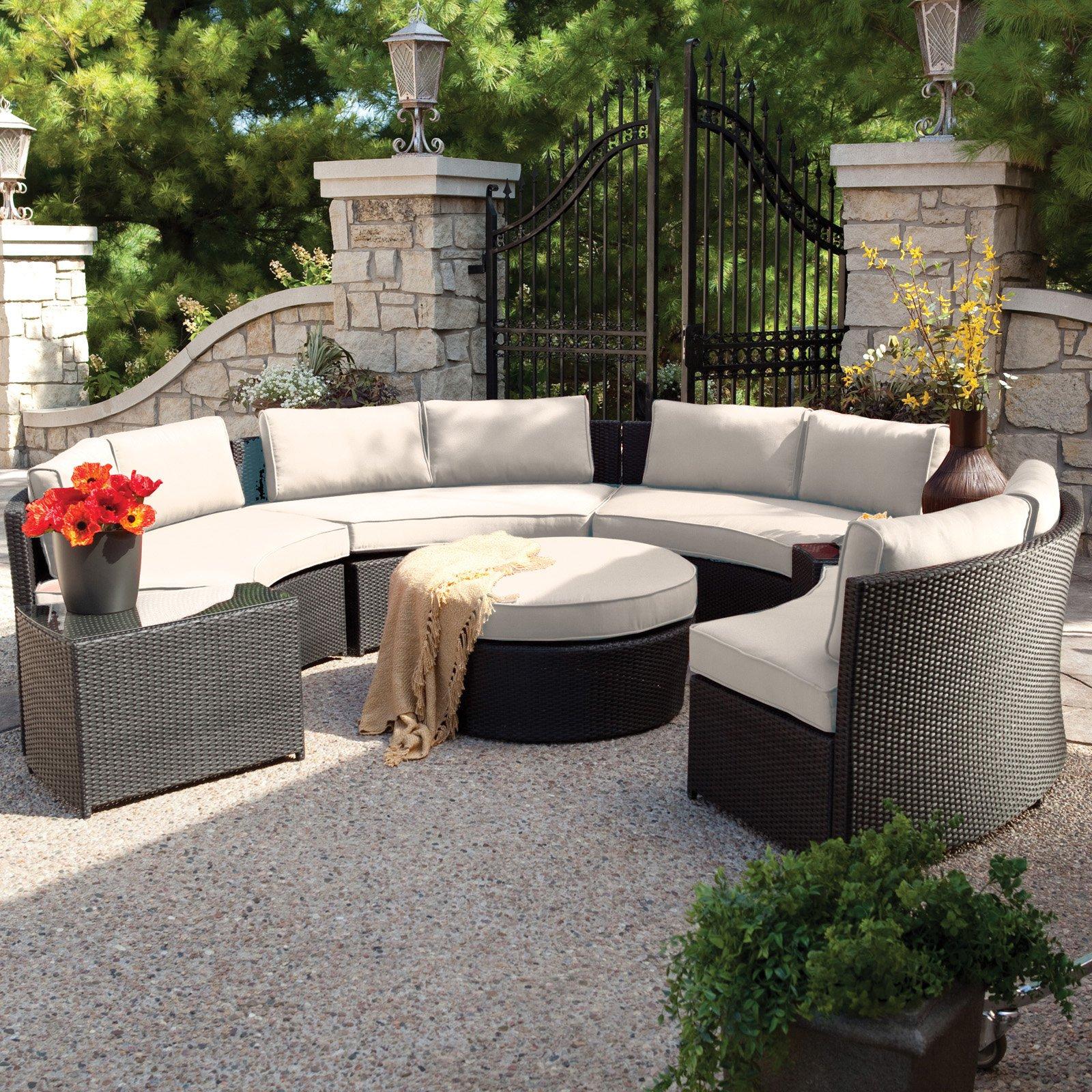 Garden furniture Belham Living Meridian Round wicker garden furniture with Sunbrella YTGRGSX