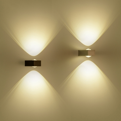rectangular outdoor wall light LED, lighting upwards and downwards LUVVNGA