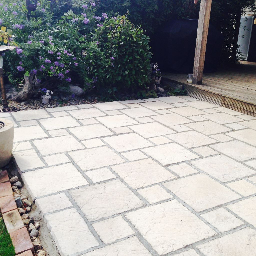 Patio slabs, paving slabs, commercial package or individually £ 130 for 10 meters YAELCSV
