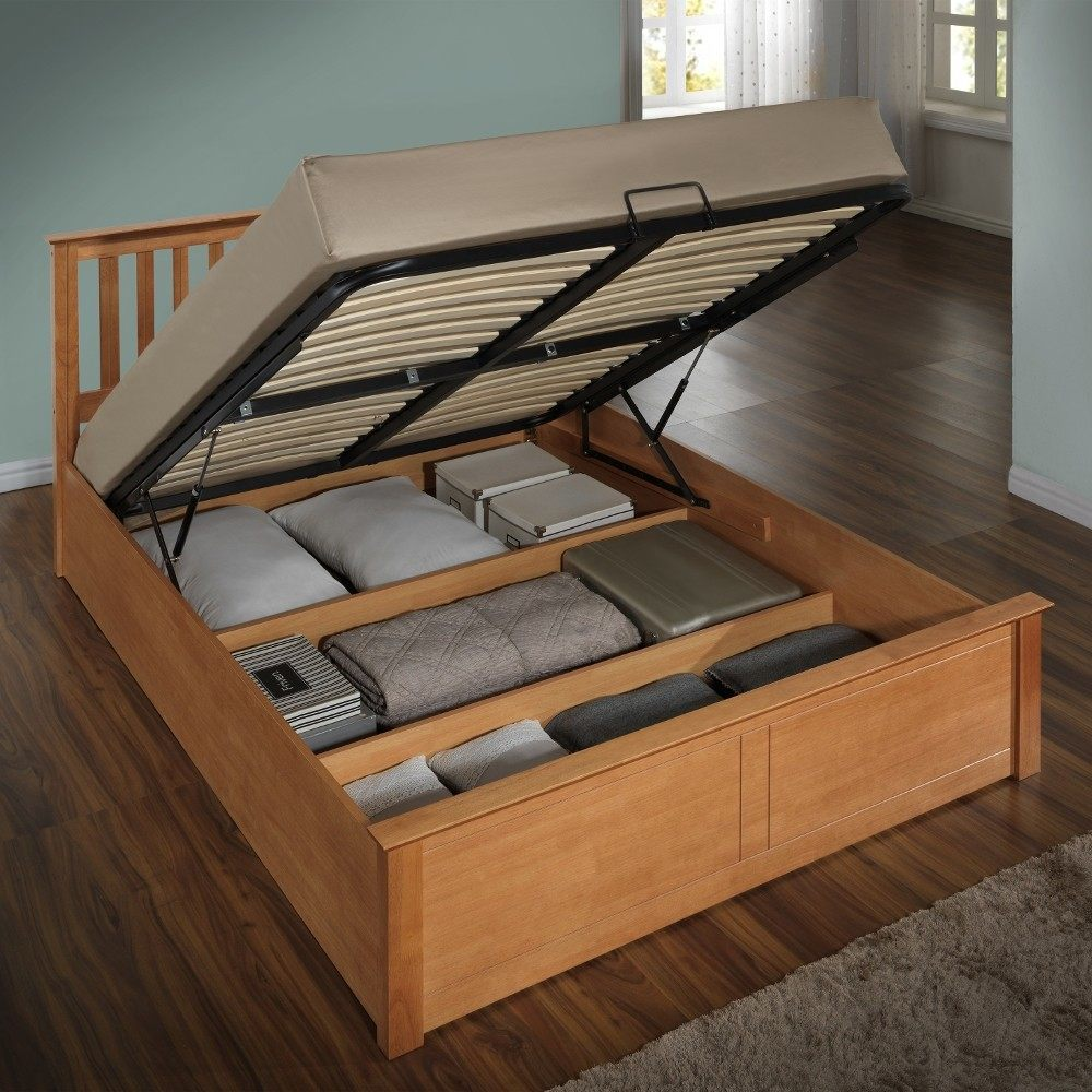 Oak stool with storage space made of Phoenix oak YGTZUWT