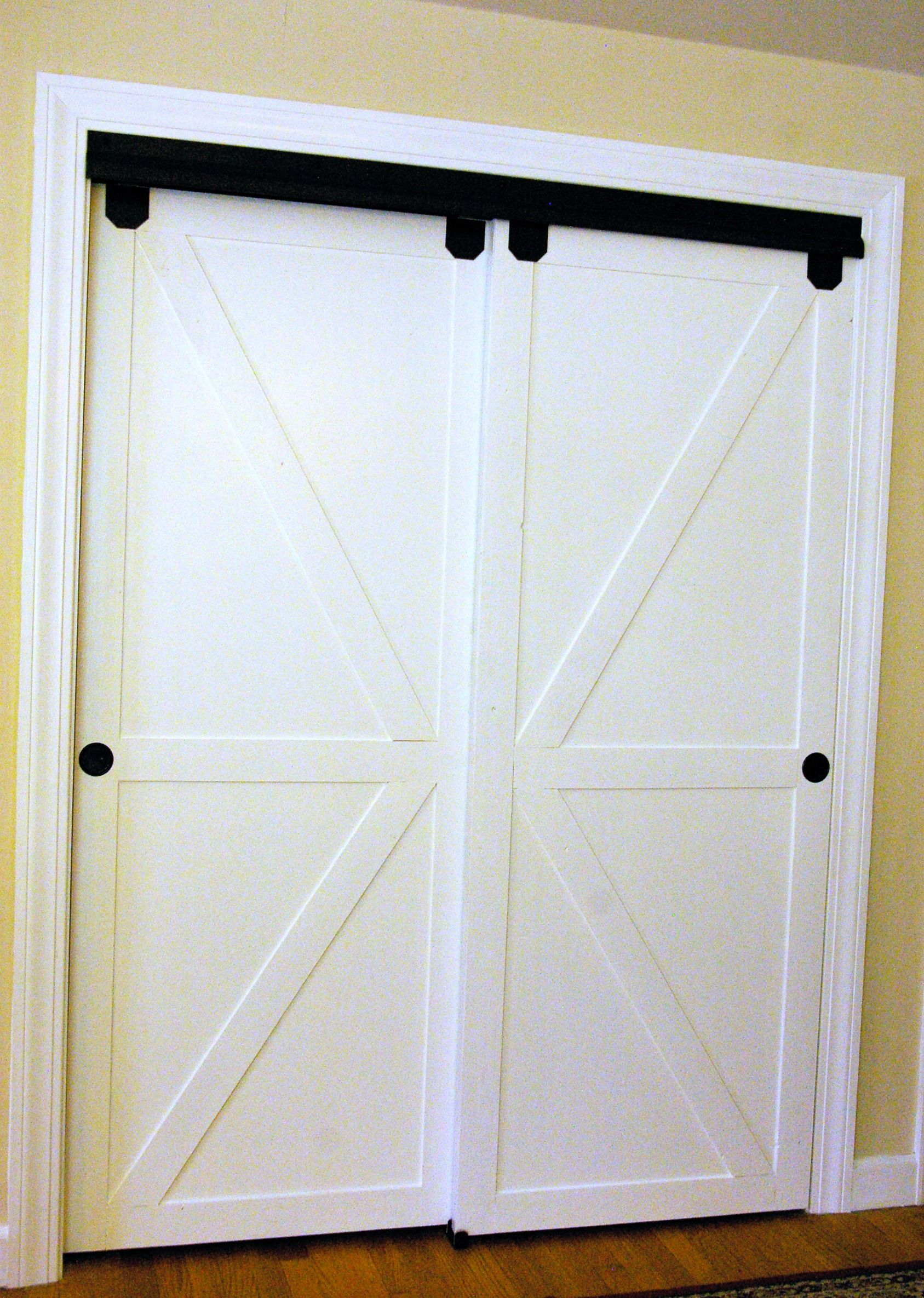 Closet Sliding Doors I love what she did with her closet doors to make them BKUSCZQ