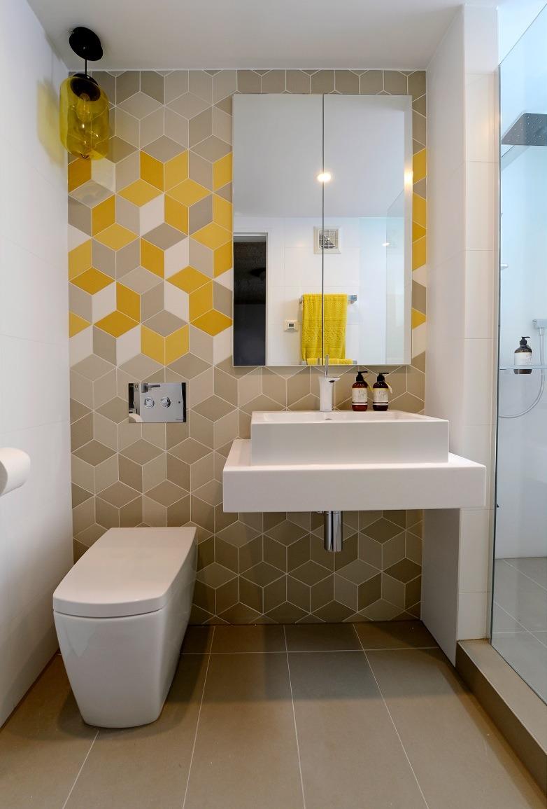 Design ideas for small bathrooms RHYNNMR